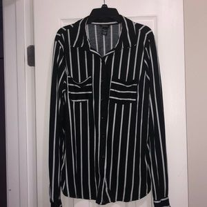 Vertical striped button up